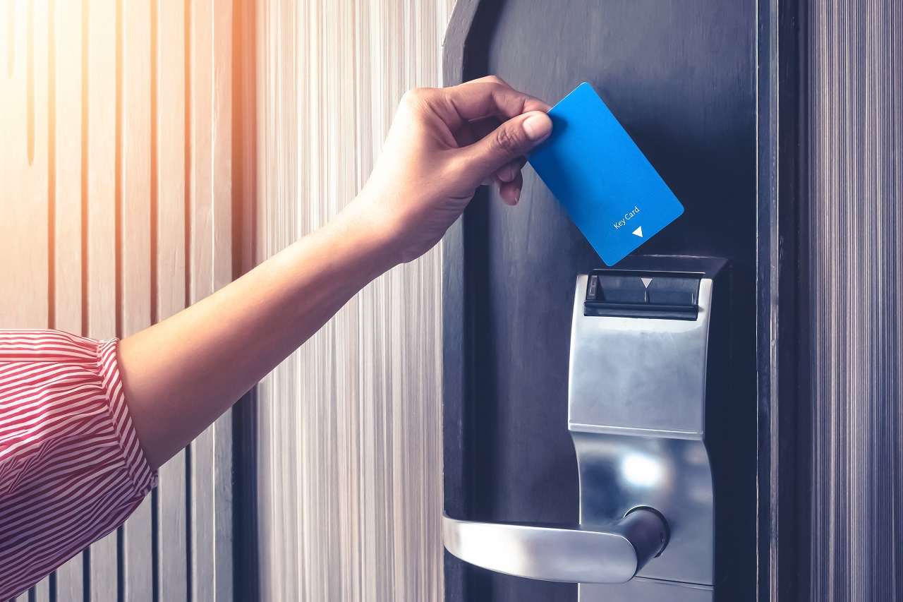 Benefits of Using a Door Access Card Reader for Your Business