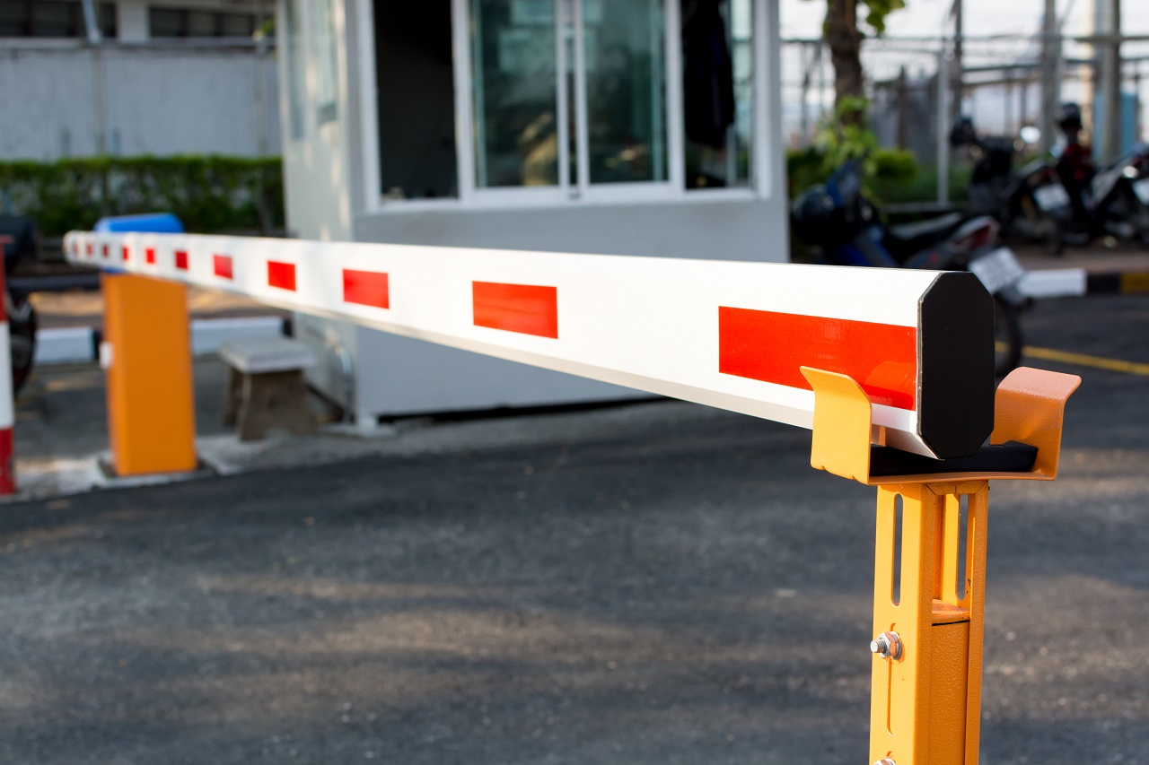 Automatic barrier gate