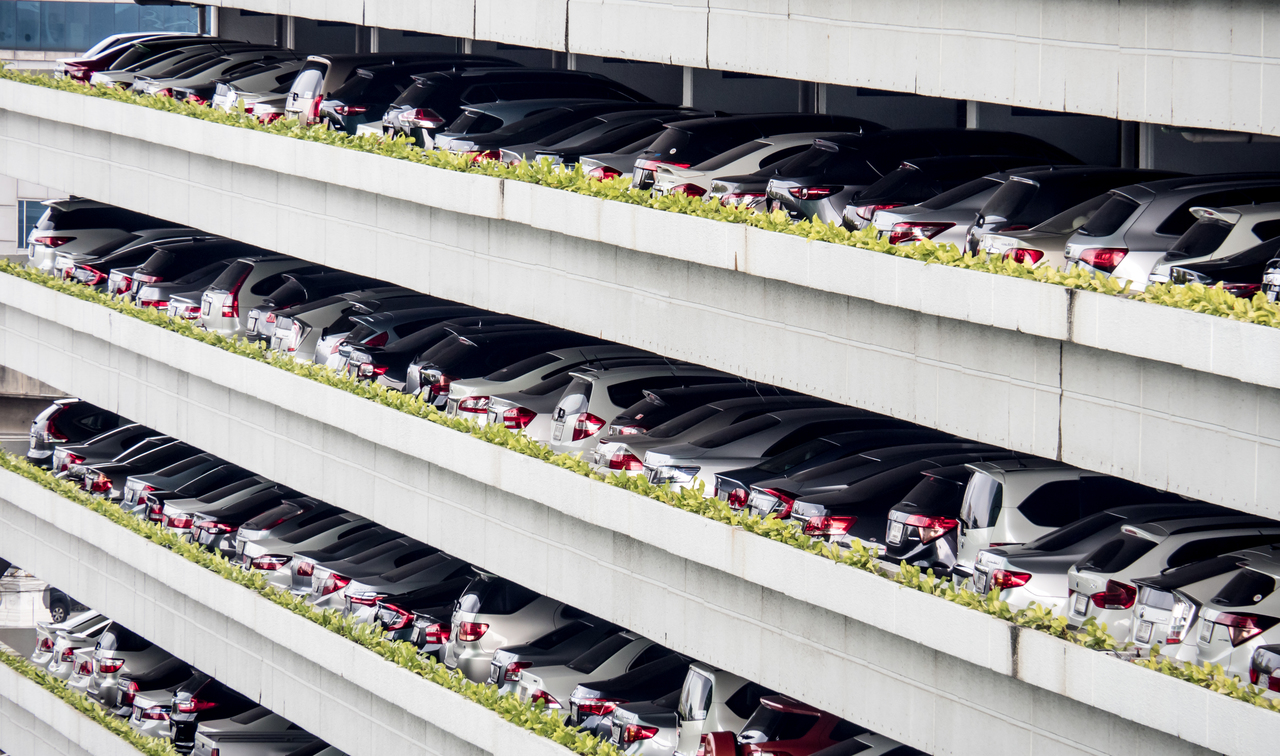 Multilevel smart parking systems