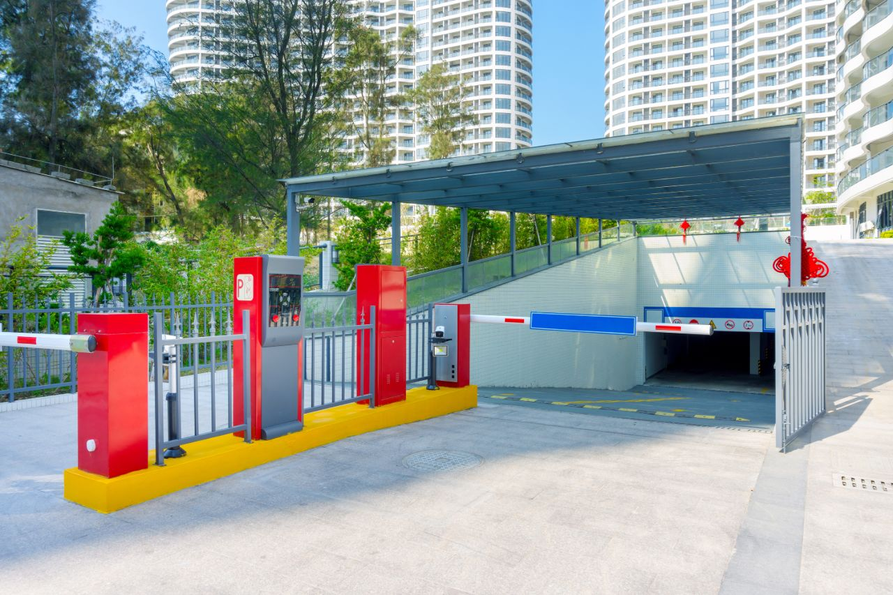 Monitoring Visitors Of Gated Properties
